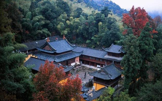 中华十大名山,浙江十大旅游胜地,佛教第一个宗派天台宗发祥地