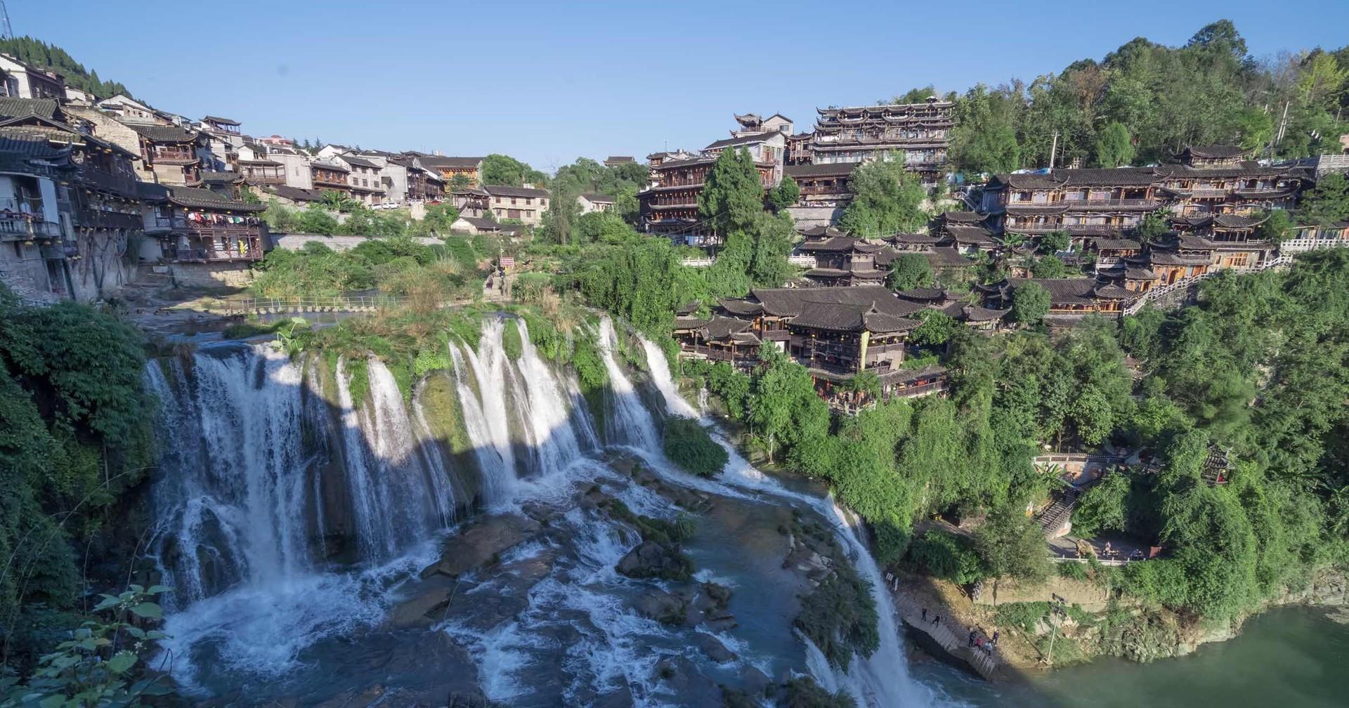 四川有个古镇, 依山傍水, 环境清幽, 让人想长住, 夏季还适合避暑..