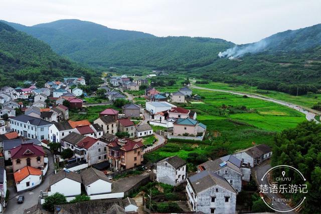 浙江慈溪市有一个古村风景众多,媲美方家河头,成户外徒步热门地..